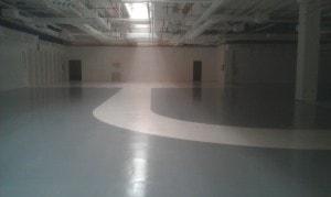 pavimento in resina centro commerciale