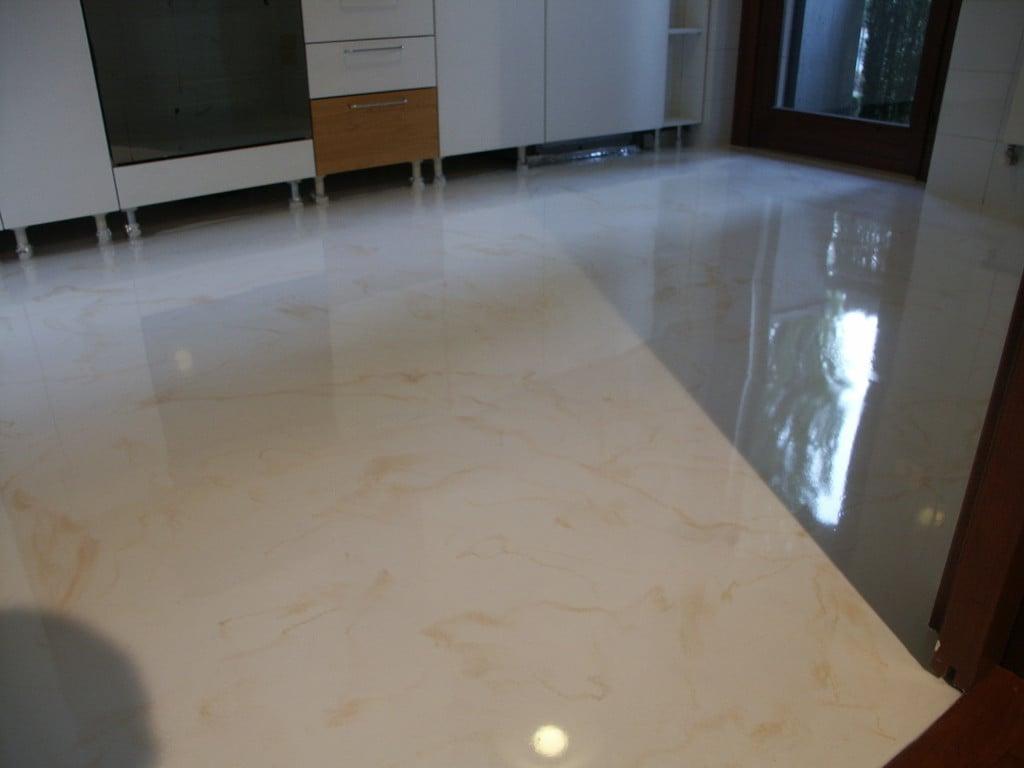 Pavimenti decorativi in resina pavimenti in resina - Pannelli decorativi in resina ...