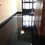 pavimento resina bar