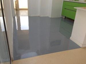 pavimento resina cucina