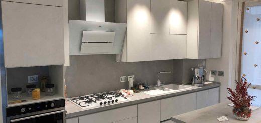parete cucina microcemento